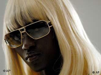 A black woman in a blonde wig