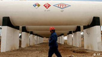 Bolivianische Gas-Pipeline (Archivbild 2006, AP)
