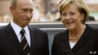 German Chancellor Angela Merkel and Russian Prime Minister Vladimir Putin