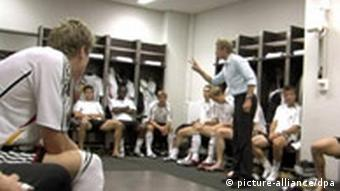 Klinsmann gives last minute instructions to his team