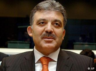 Gül's first bid for the presidency failed in May, prompting new elections