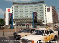 Ibis предлагает комбинацию отеля и заправки
