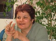 محبوبه عباسقلیزاده، فعال و پژوهشگر مسایل زنان