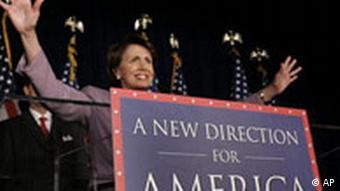 Demokratin Nancy Pelosi bei einer Siegesfeier in Washington (7.11.2006)