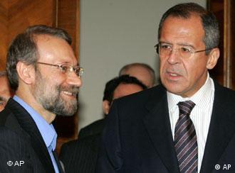 Фото из архива: секретарь Совета безопасности Ирана Али Лариджани и глава МИД РФ Сергей Лавров