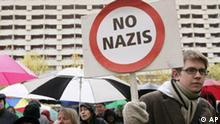 Proteste gegen NPD-Parteitag in Berlin