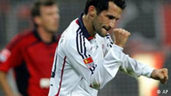 U Bundesligi odigrao 306 utakmica i postigao 49 golova