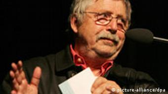 Biermann in 2006 giving a speech after receiving the Joachim Ringelnatz Prize for his contribution to German literature