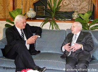 Steinmeier on the couch with Mohamed Bedjaoui