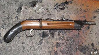 Eine der drei Schusswaffen, die der Amokläufer von Emsdetten bei sich trug