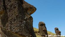 Osterinsel 1. Moai auf dem Berg.