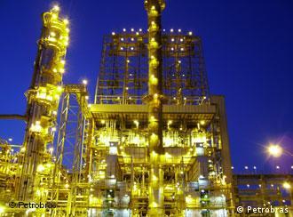 Com o petróleo, Brasil poderá se tornar potência mundial, comenta imprensa