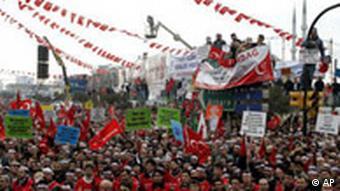 Anti-Papst Demonstration in der Türkei