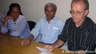 Pfarrer Valdir Silveira von der Gefängnis-Pastoral Sao Paulo mit Mitarbeitern
