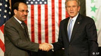 Da waren sie sich noch einig: Al-Maliki mit US-Präsident Bush 2006 in Amman (Quelle: AP)