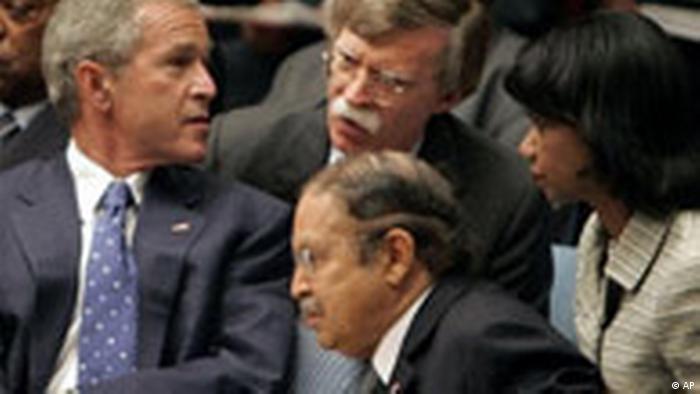UN USA Botschafter John Bolten tritt zurück George Bush (AP)