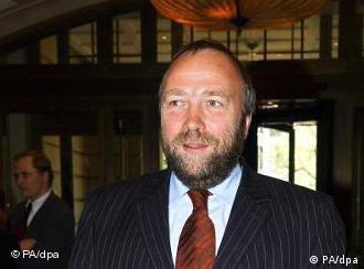 گونتر نوکه، مسئول امور حقوق بشر در دولت آلمان