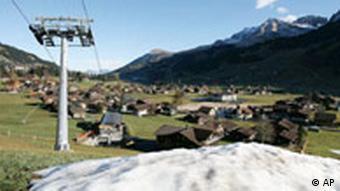La nieve se hizo esperar largamente en los Alpes.