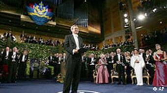 Oya Baydar, Orhan Pamuk'un nobel edebiyat ödülü almasının Türk edebiyatının yolunu açtığını söyledi