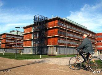 Inaugurado em 2004, o Biocentro da universidade bávara ocupa 10 mil hectares