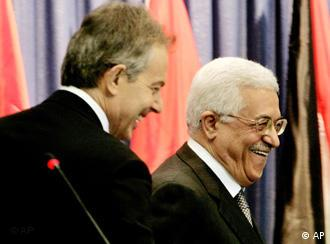 Tony Blair da Mahmoud Abbas