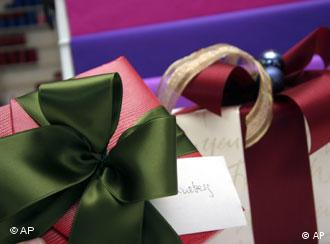 За някои коледните подаръци са досадно задължение