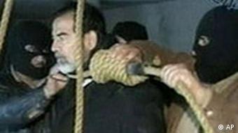 صدام حسین در پای دار