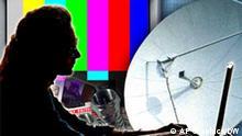 Symbolbild Presse Fernsehen Internet