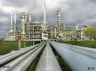 The bitter Russia-Belarus row has meant less oil is being pumped to some German refineries