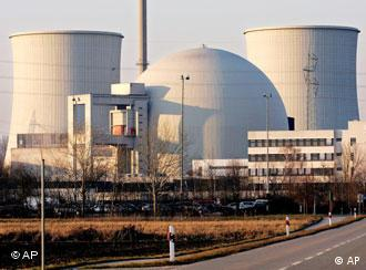 مصادر الطاقة المتجددة لا يمكن أن تعوض الطاقة النووية  0,,2305611_4,00