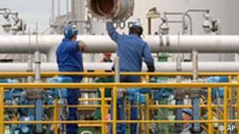 Профилактические работы на нефтепроводе Дружба