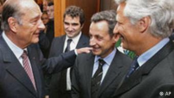 Frankreich Präsident Chirac mit Nicolas Sarkozy und Dominique de Villepin