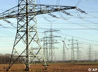 Torres de alta tensión: un mundo ávido de corriente.