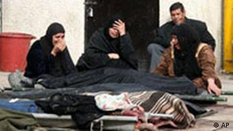 Iraker nach einem Anschlag, Foto: AP