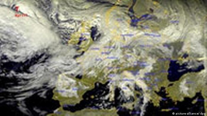 Фотография со спутника METEOSAT-8.