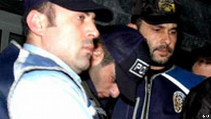 Türkischer Journalist ermordet, Verdächtiger festgenommen (AP)