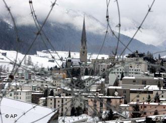 Davos hinter Stacheldraht