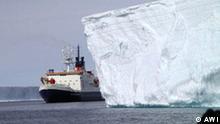 Alfred-Wegner-Institut Polarstern Eisberg