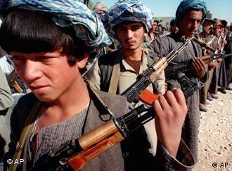 شبهنظامیان یکی از قبیلههای افغانستان (عکس از آرشیو)