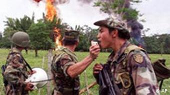 Members of a US-backed Colombian Army counter-narcotics battalion