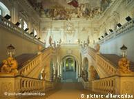 Escadaria em Würzburg: pompa e submissão