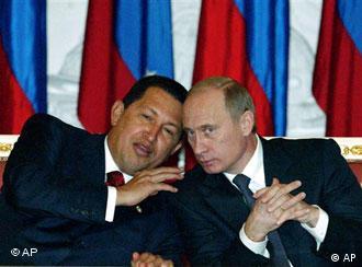 Venezuela lideri Chavez, Moskova'ya olan yakınlığıyla biliniyor