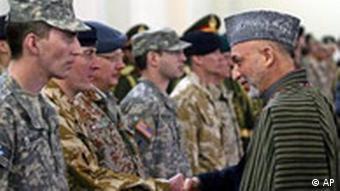 ناتوانی دولت کرزای در برقراری امنیت و خستگی نیرهای ناتو از حضور در افغانستان