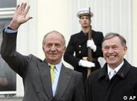 Un rey simpático: Juan Carlos I. (izq) junto al presidente alemán, Horst Köhler.