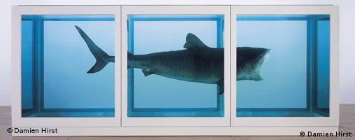 Bregenz, Ausstellung Re-Object, hier Damien Hirst