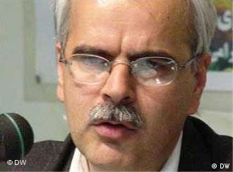 سعید مدنی، استاد دانشگاه، از روز ۱۷ دی ماه بازداشت شده است