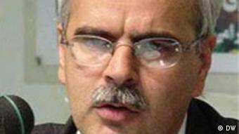 سعید مدنی استاد دانشگاه و پژوهشگر مسائل اجتماعی به شش سال حبس و ۱۰ سال تبعید به بندرعباس محکوم شده است