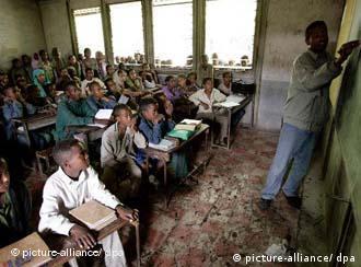 Schüler in einem Dorf in Äthiopien