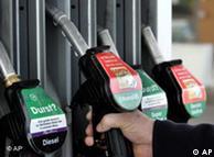 La introducción de los motores híbridos aseguran la existencia del bioetanol