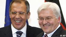 Deutschland Russland Außenminister Sergej Lawrow in Berlin Frank-Walter Steinmeier